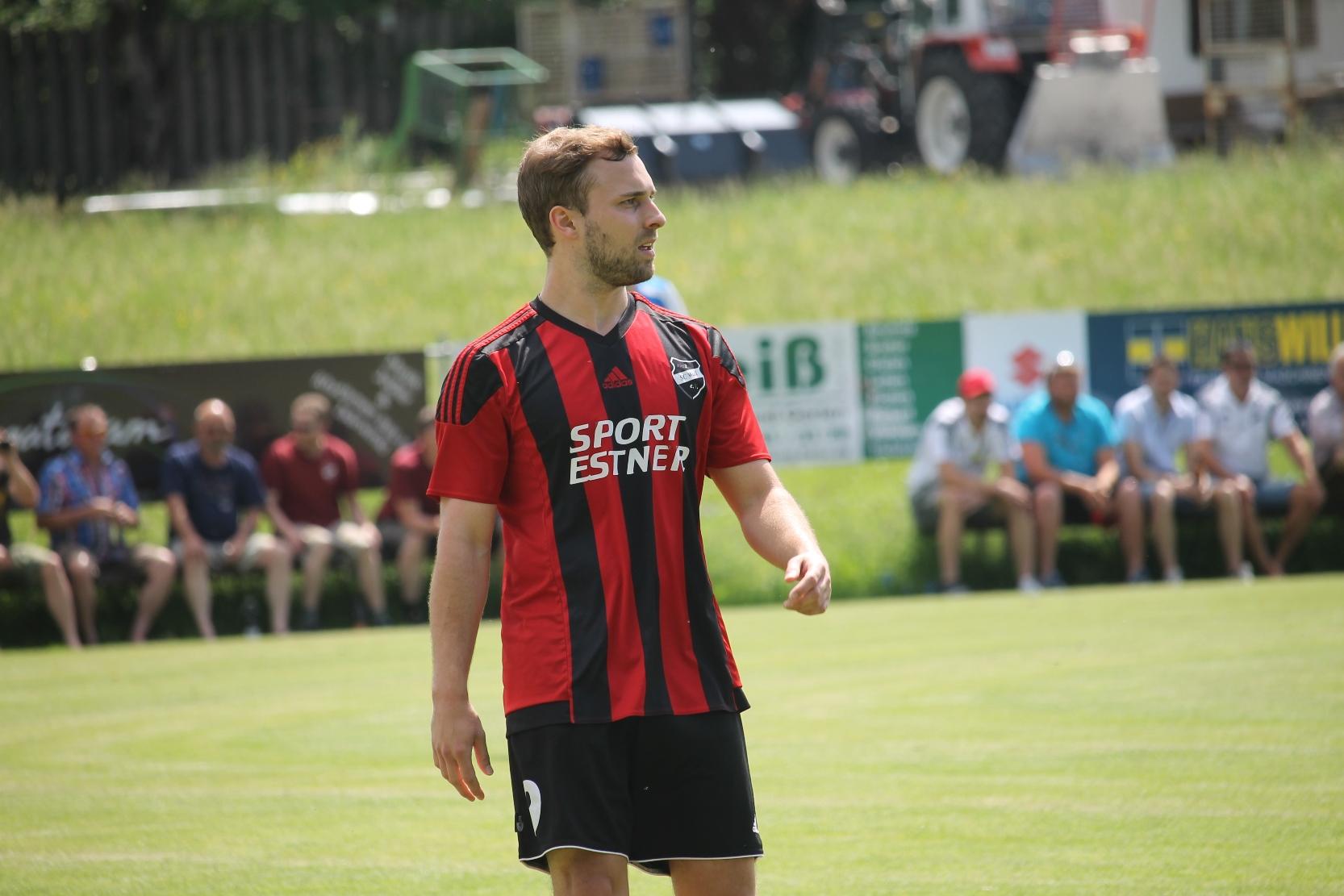 Beim SV Wackersberg (3:1). Juni 2017