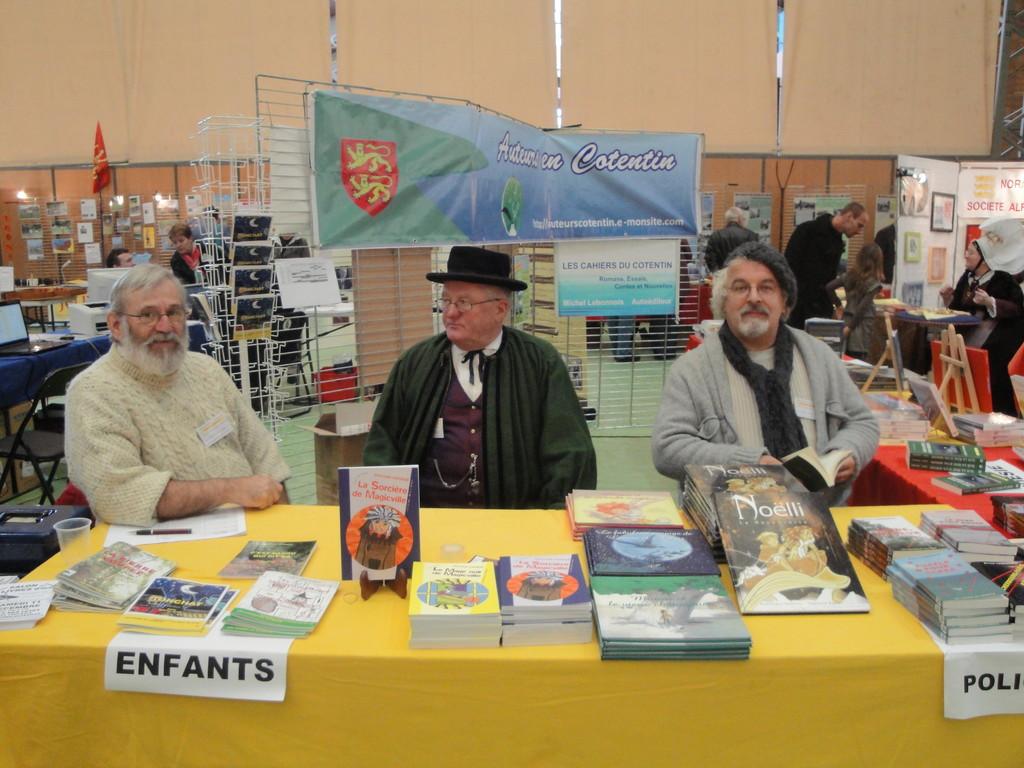 Les auteurs du Cotentin (mon stand)