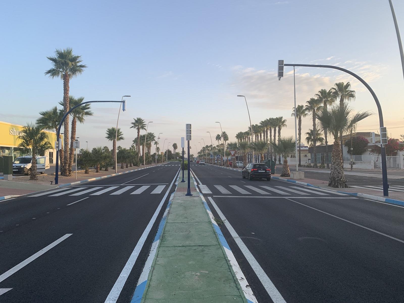 El solicitado semáforo aumenta la seguridad vial en Roda