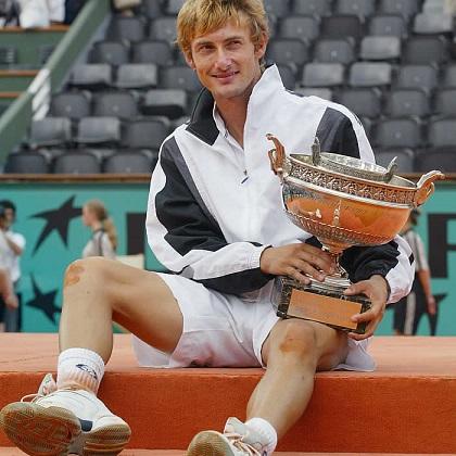 Juan Carlos Ferrero Donat (Onteniente, Valencia) tenista español que fue numero uno.