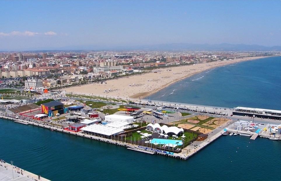 Puerto  y playa de la Malvarrosa
