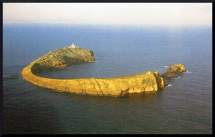 Vista aérea de la isla Columbrete Grande o Illa Grossa, del Parque Natural Protegido de la Comunidad Valenciana.