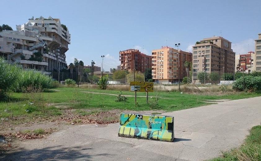 Un solar en Benimaclet que ocuparon y plantaron los anarquistas , para generar un derecho sobre la tierra y  evitar que la empresa propietaria Metrovacesa lo vallara. el terreno.