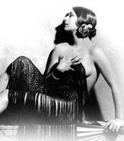 Amalia Fenollosa Peris    (Escritora)