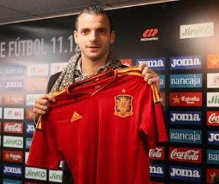 Roberto Soldado havia jugado en las categorías inferiores de la selección española, hasta ser convocada a la absoluta.