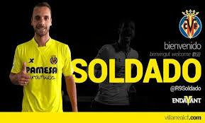 El 14 de agosto de 2015, se confirma la incorporación de Roberto Soldado en el Vila-real C.F por 10 millones de euros