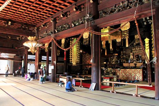 本堂です Main holl 撮影 堺健 photo by Takeshi Sakai