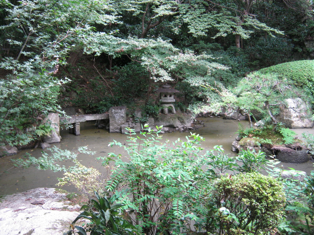 長楽寺の回遊式庭園。Chorakuji temple's excursion garden