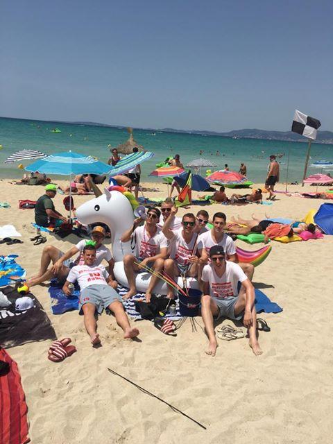 Ein erlesener Kreis feiert den Aufstieg auf Mallorca