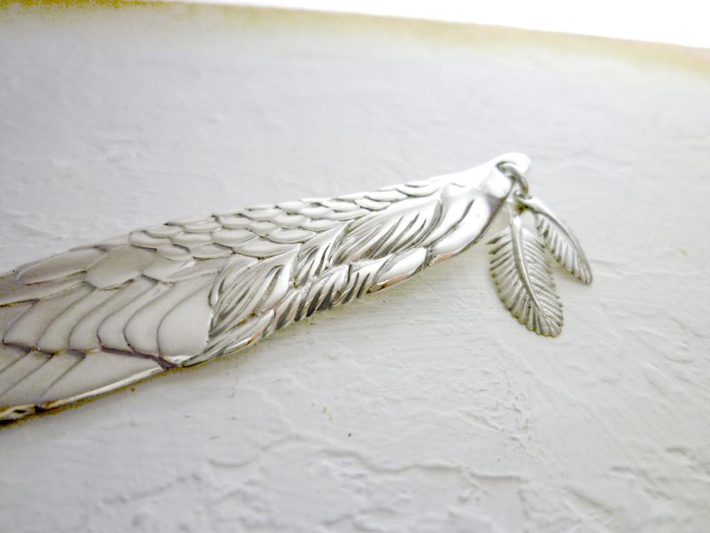 天使の翼のペーパーナイフ