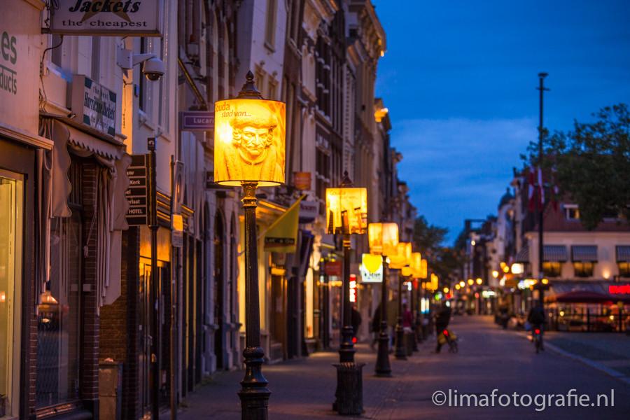 Lampenkappen op de markt in Gouda
