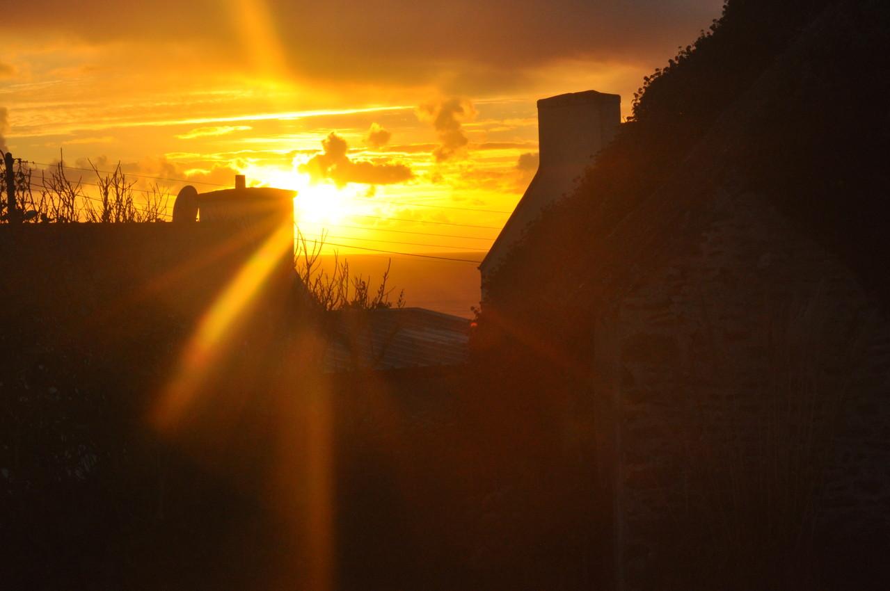 Sonnenuntergang von der Terrasse gesehen