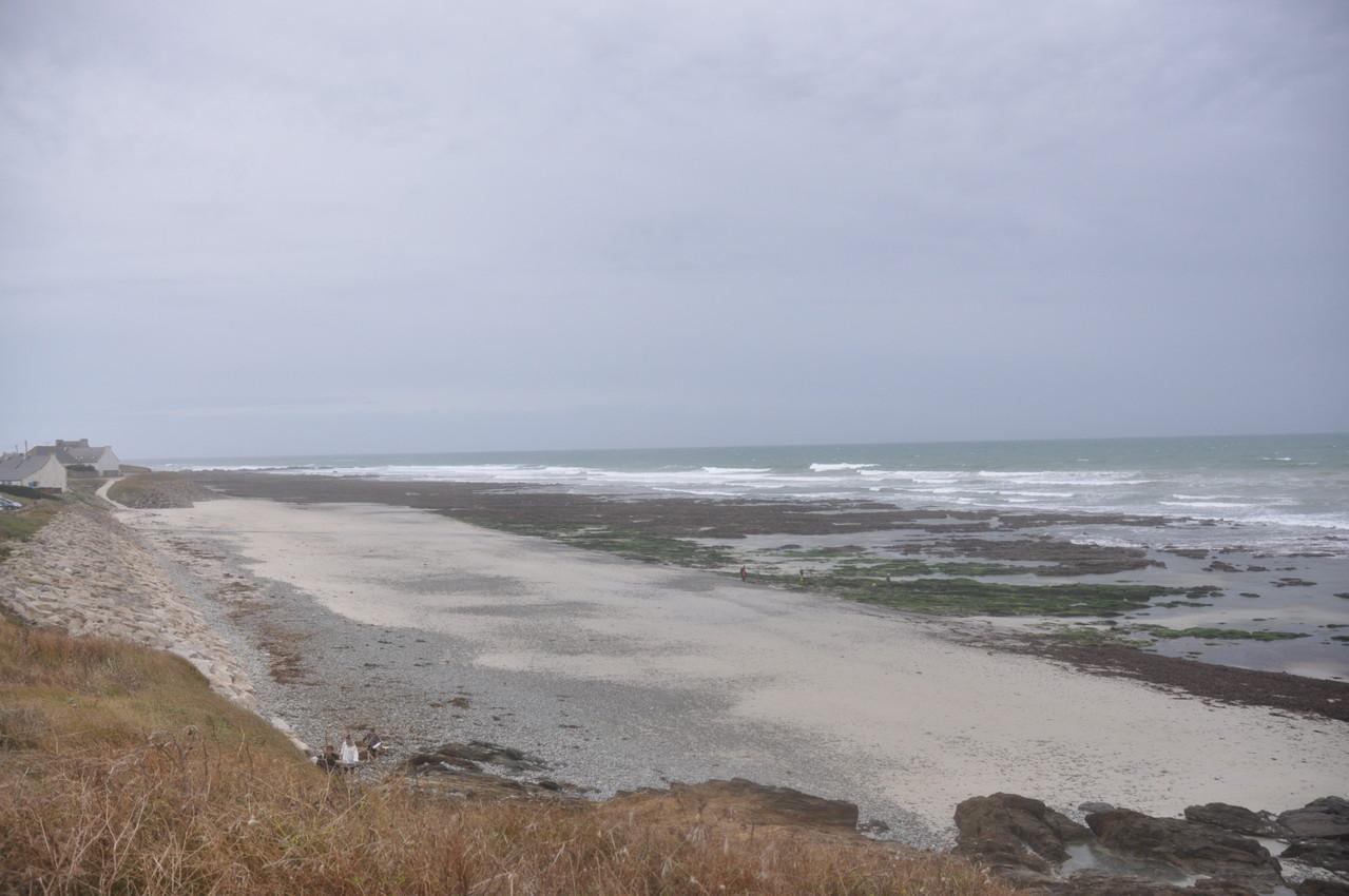 Strand nach stürmischen Wetter