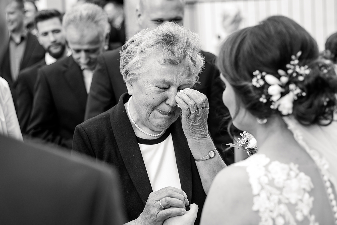 Hochzeitsfotograf in Leipzig und Umgebung, Heiraten in Grimma bei Leipzig mit emotionalen Hochzeitsfotos