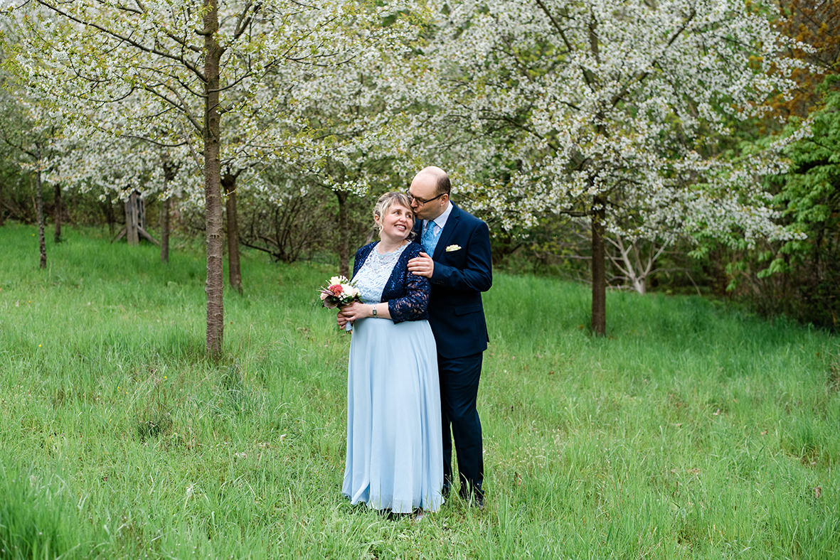 Hochzeit in Taucha bei Leipzig, Hochzeitsfotograf in Leipzig und Umgebung, Hochzeitsfotos im Frühling