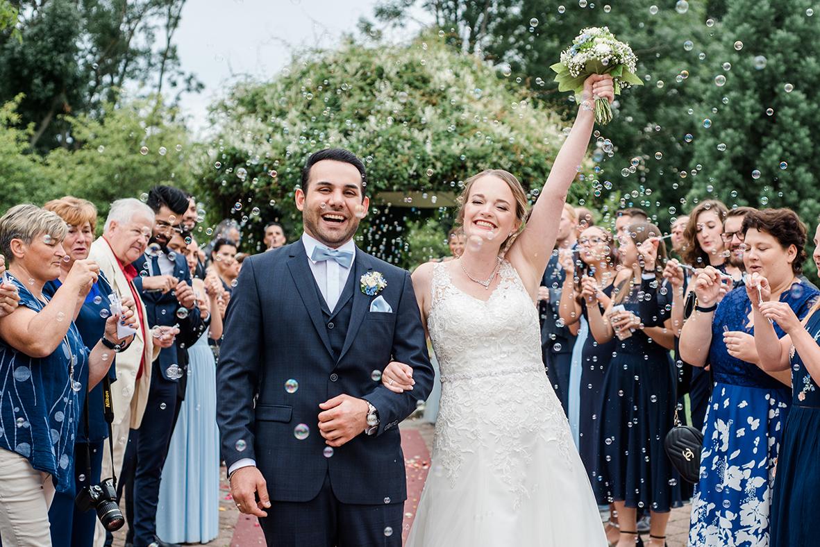 Hochzeitsfotograf in Leipzig und Umgebung, Heiraten in Zwenkau bei Leipzig mit natürlichen Hochzeitsfotos