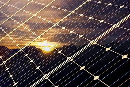Solaranlagen fuer jedes Hausdach - Die Solar Pakete bei iKratos