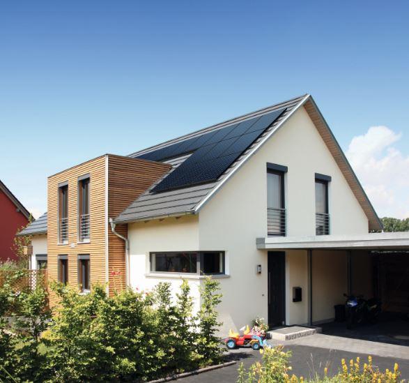 Blitzschutz bei Solar und Photovoltaik - Anlagen