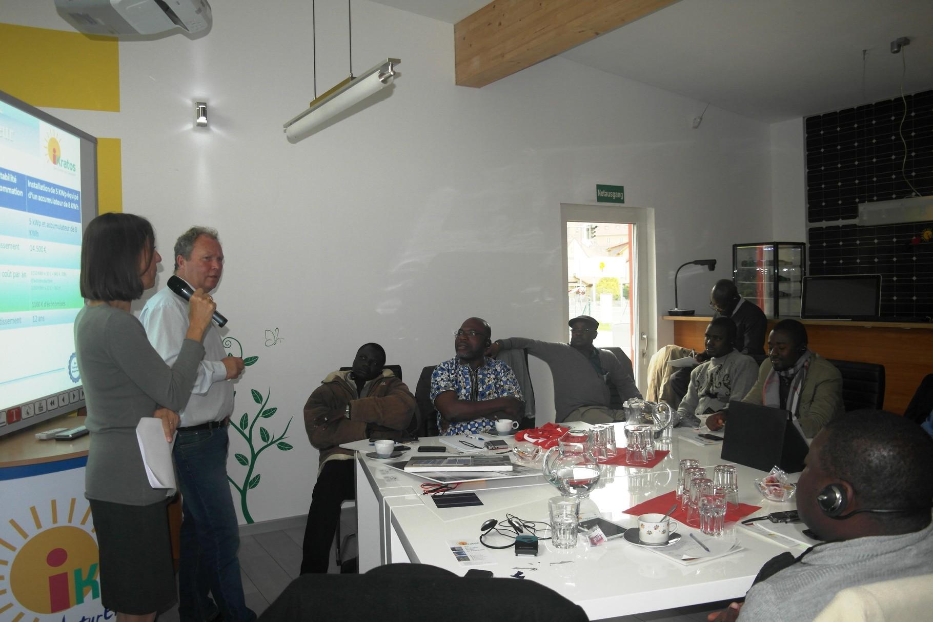 Afrikanische Delegation bei iKratos