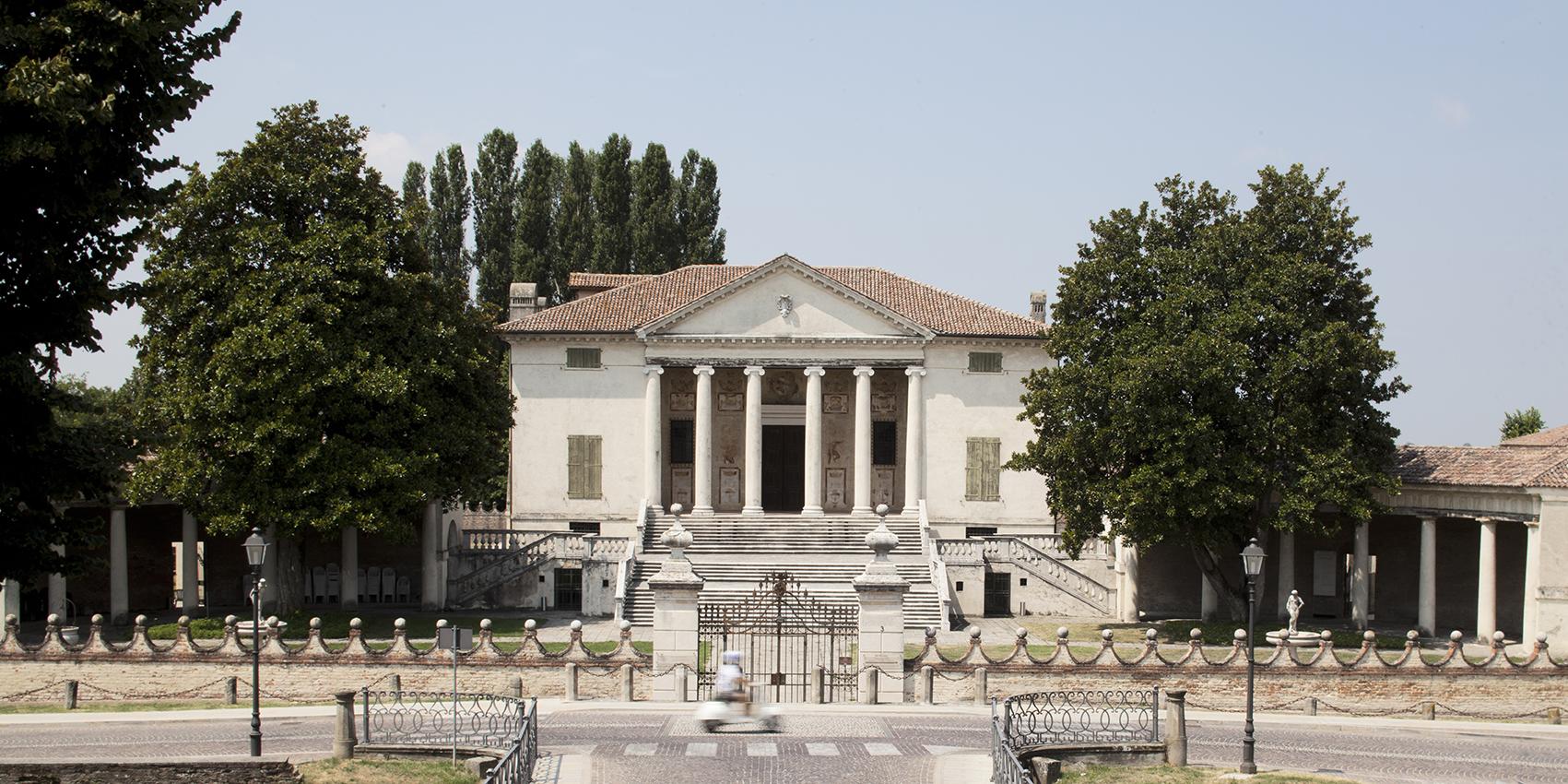 Villa Badoer.