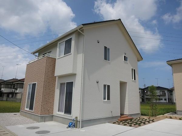 徳島県)株式会社さかがみハウジング 様の施工