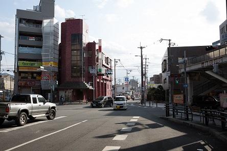 大阪シティ信用金庫枚岡支店前