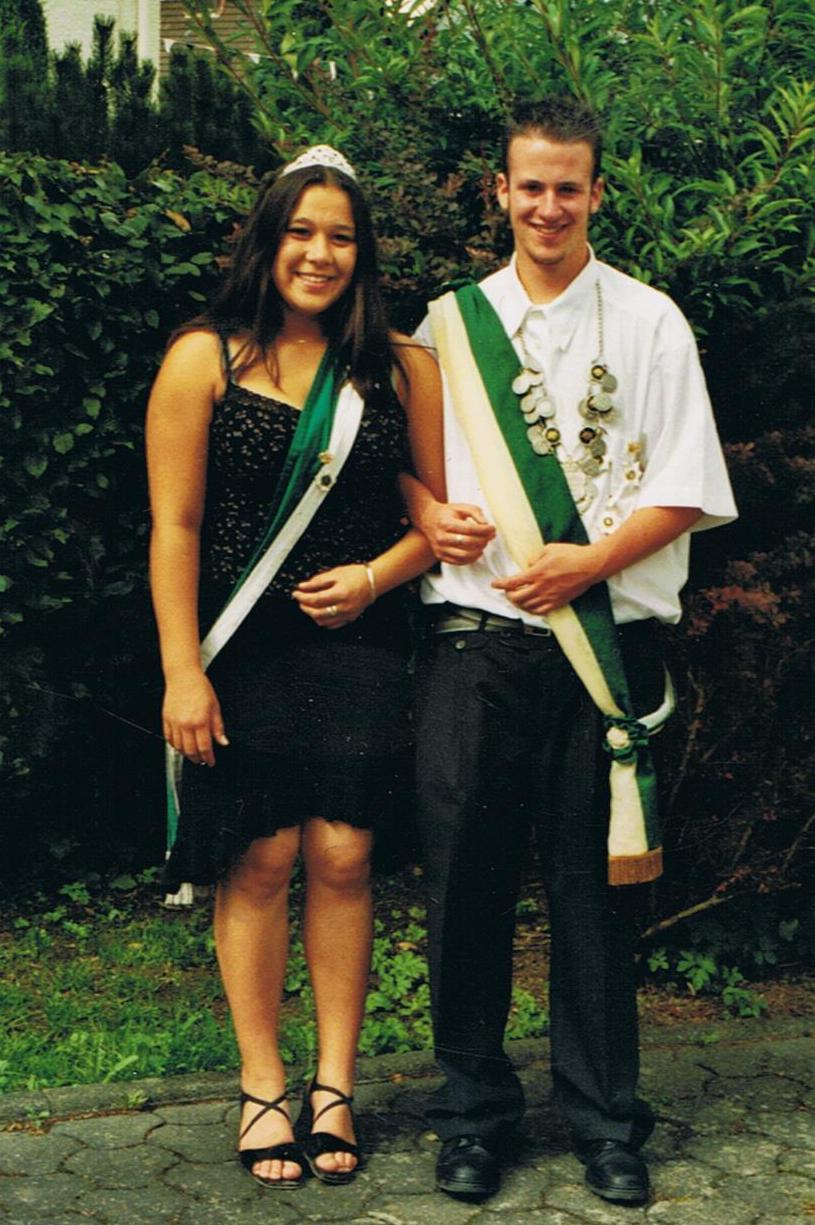 Jungschützenkönigspaar 2002: Dennis Roth und Schalane Saßmannshausen