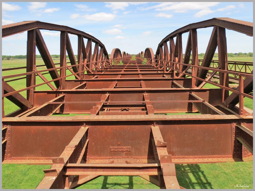 Blick über die Dömitzer Brücke