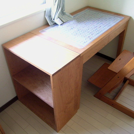 シンプル学習机とオープンラック(厚木市・O様邸)