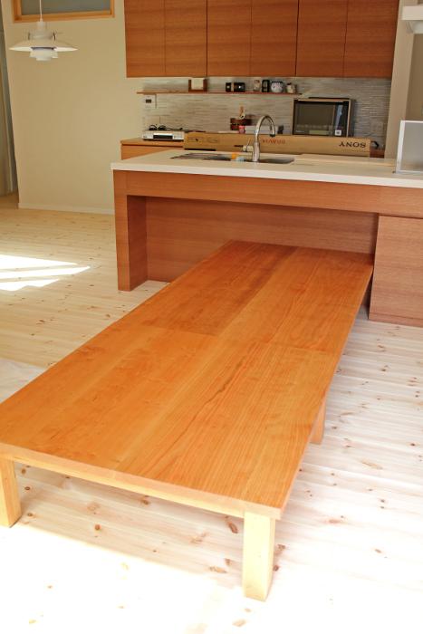 ダイニングテーブル(厚木市・K様邸)