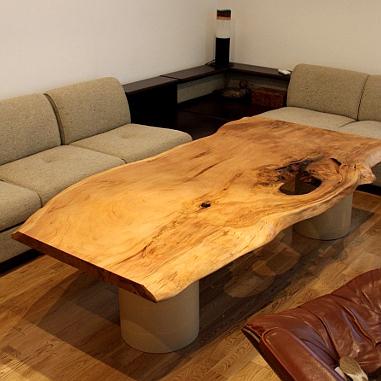 屋久杉一枚板のセンターテーブル(横浜市・T様邸)