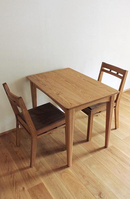 シンプルダイニングテーブル(伊勢原市・K様邸)