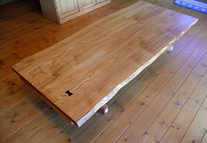 座卓にもなる栗材耳付きダイニングテーブルセット(相模原市・Y様邸)