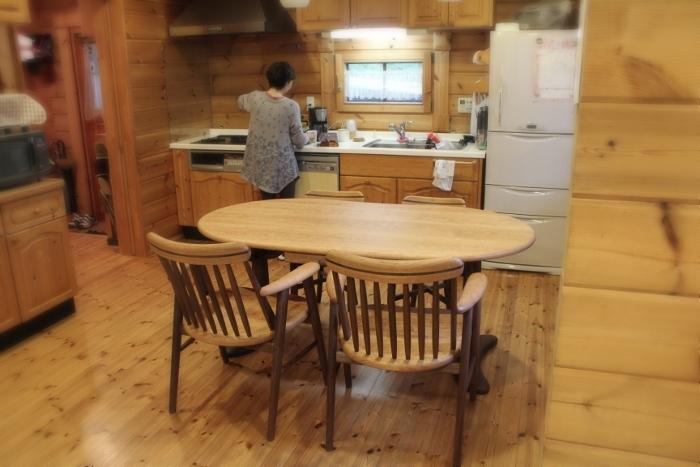 そら豆ダイニングテーブル(長泉町・H様邸)