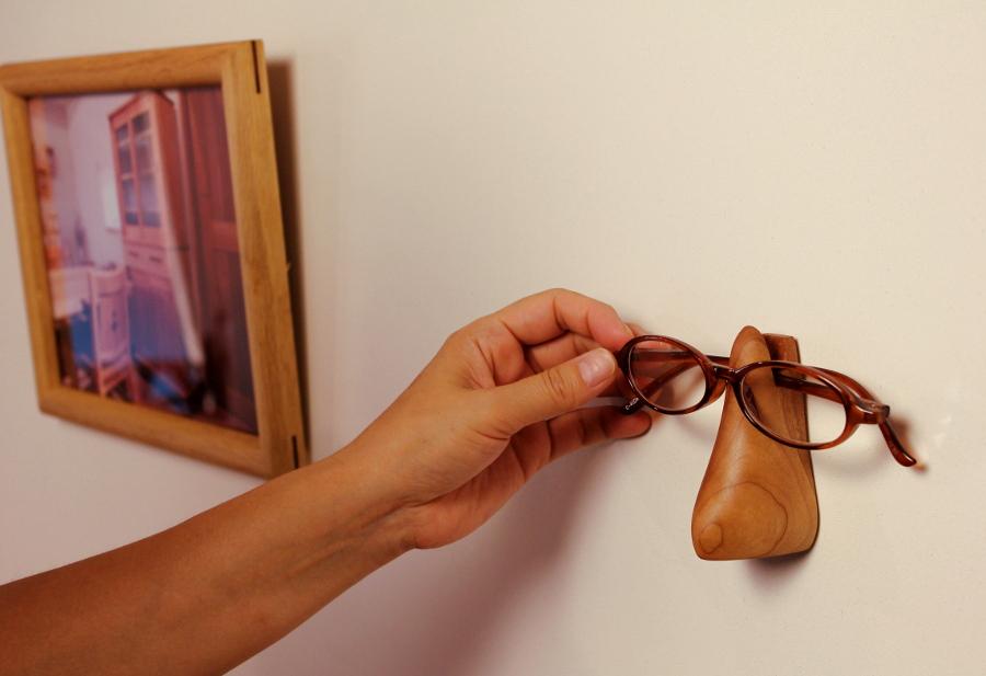ハナメガネ