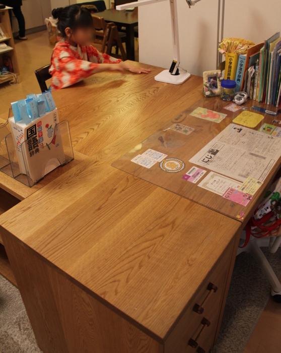 以前納めたお姉ちゃんのシンプル学習机(川崎市・H様邸)