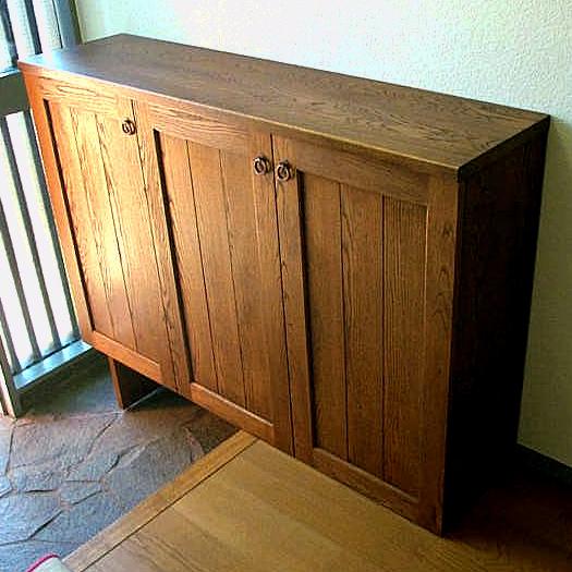 クラシックデザインのシンプルな下駄箱(横浜市・K様邸)