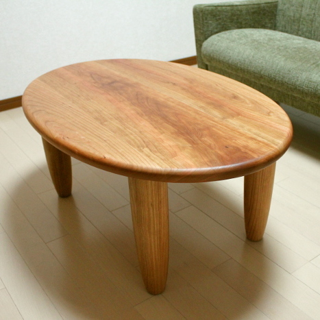 楕円形のセンターテーブル(北区・M様邸)