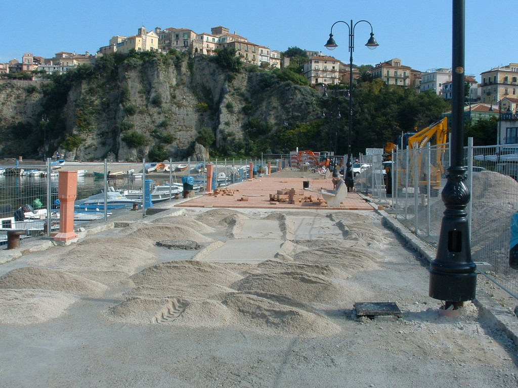 Agropoli: Adeguamento infrastrutturale ed attrezzaggio del porto peschereccio di Agropoli (in corso)