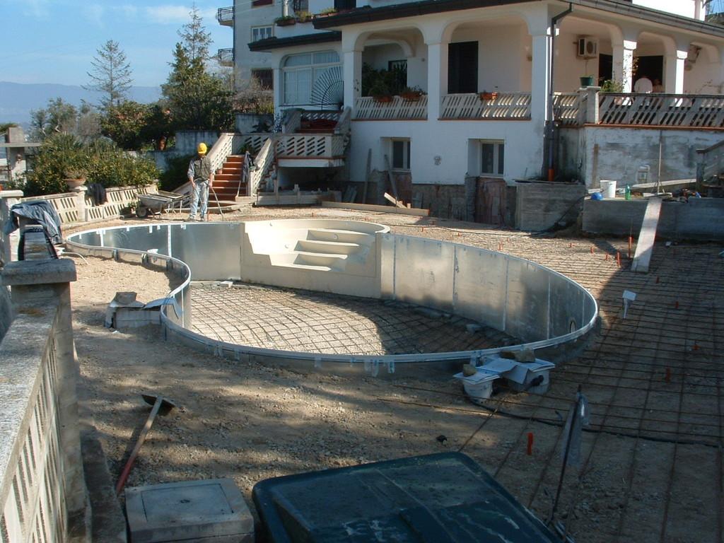 Agropoli: Ammodernamento di una casa vacanze  con  piscina (in corso)