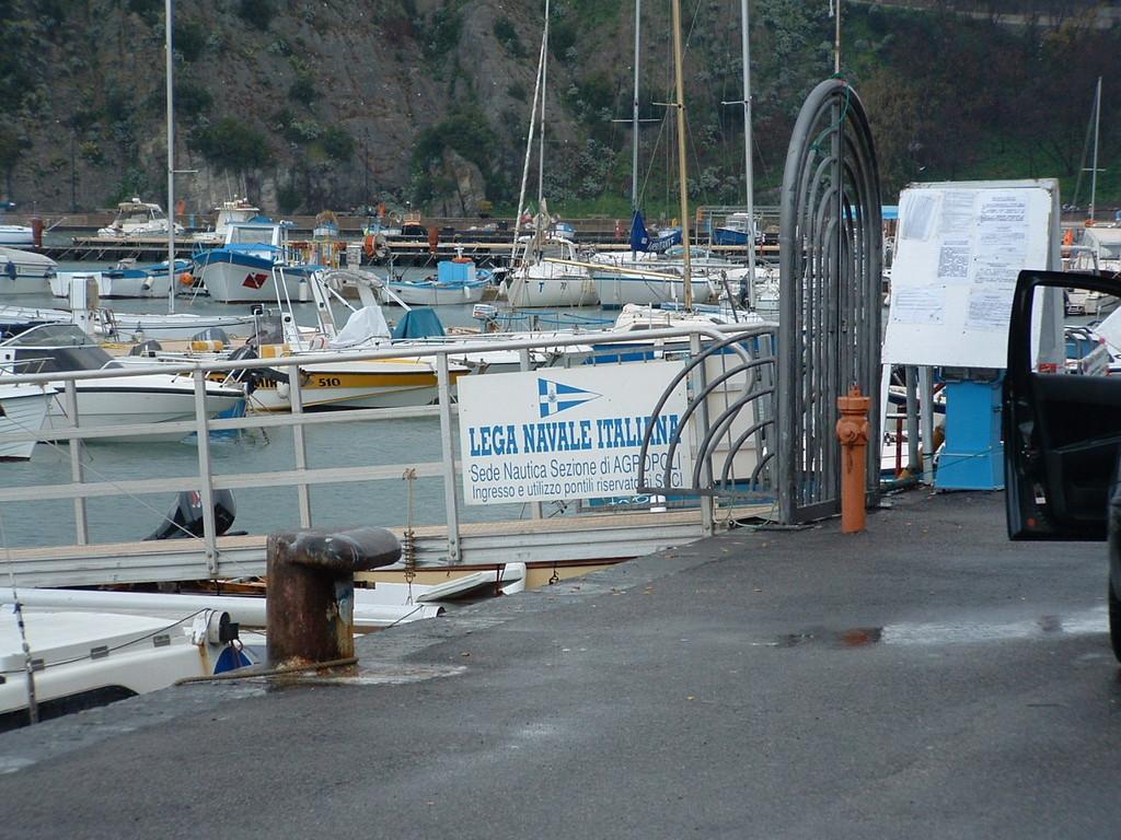 Agropoli: Accertamento di Compatibilità per pontili galleggianti nel porto turistico - LNI