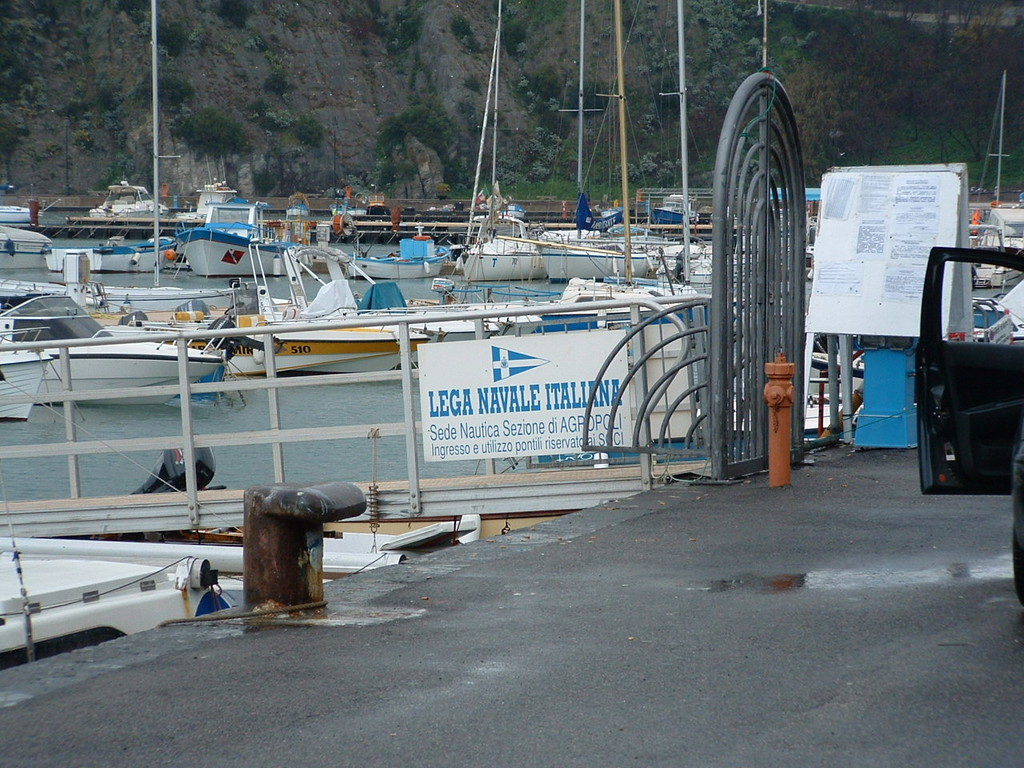 Accertamento di Compatibilità per pontili galleggianti nel porto turistico - LNI