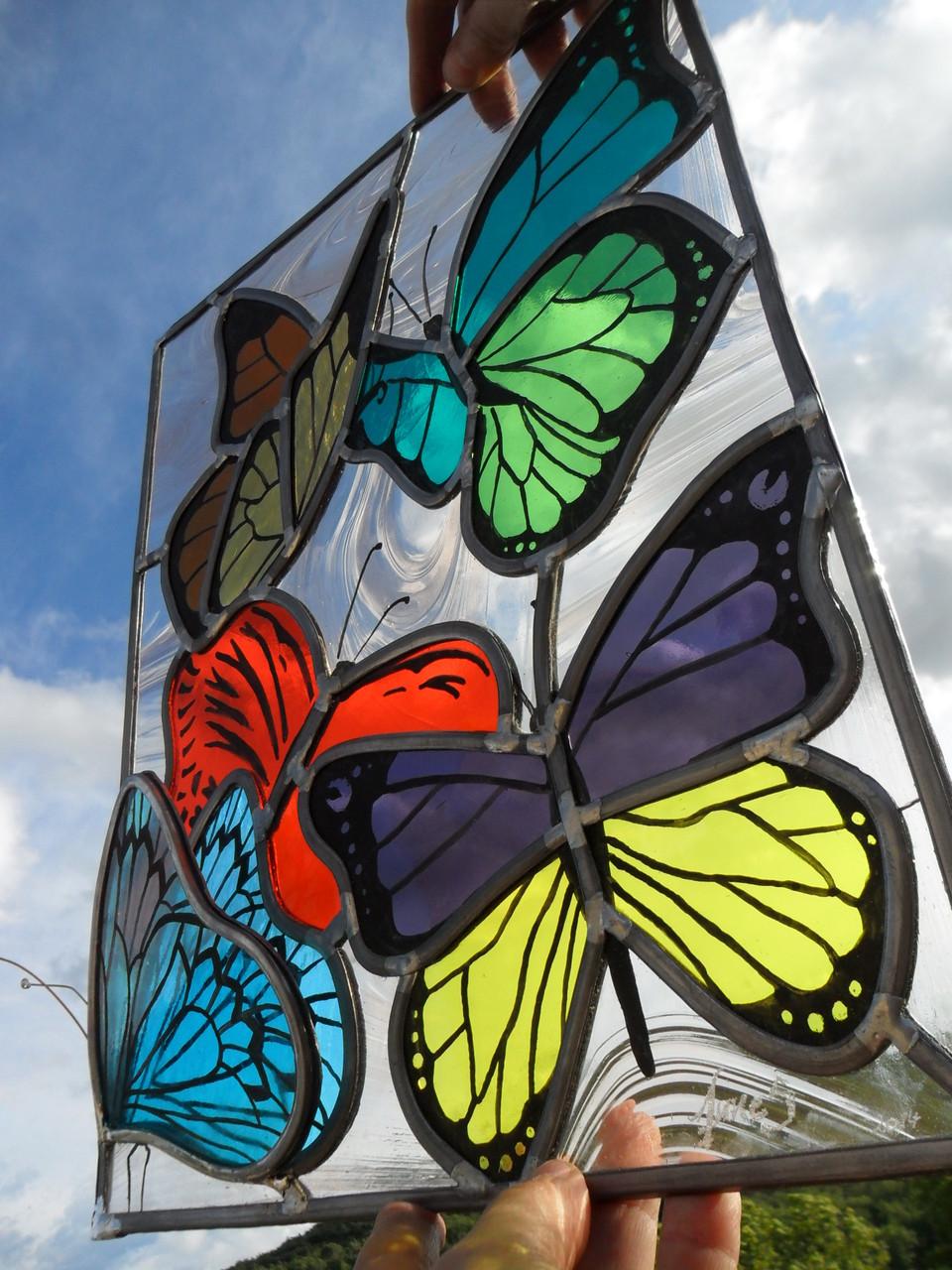 vitrail Papillons -art du vitrail-languedoc