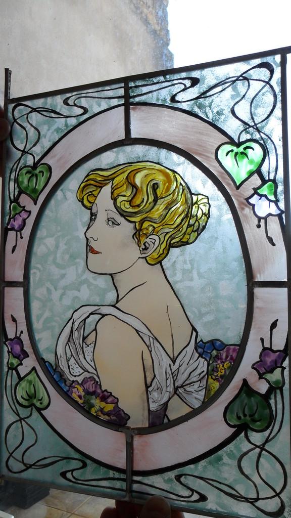 Portrait de jeune femme d'aprés Alfons Mucha- reproduction