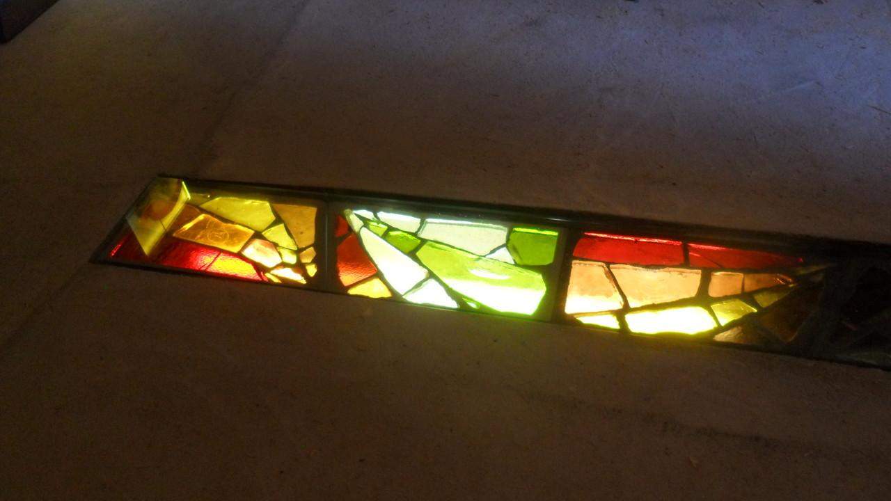 Dalles de verre éclairées au sol-Art du Vitrail