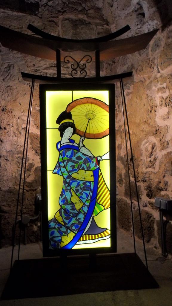 Geisha vitrail -Art du Vitrail