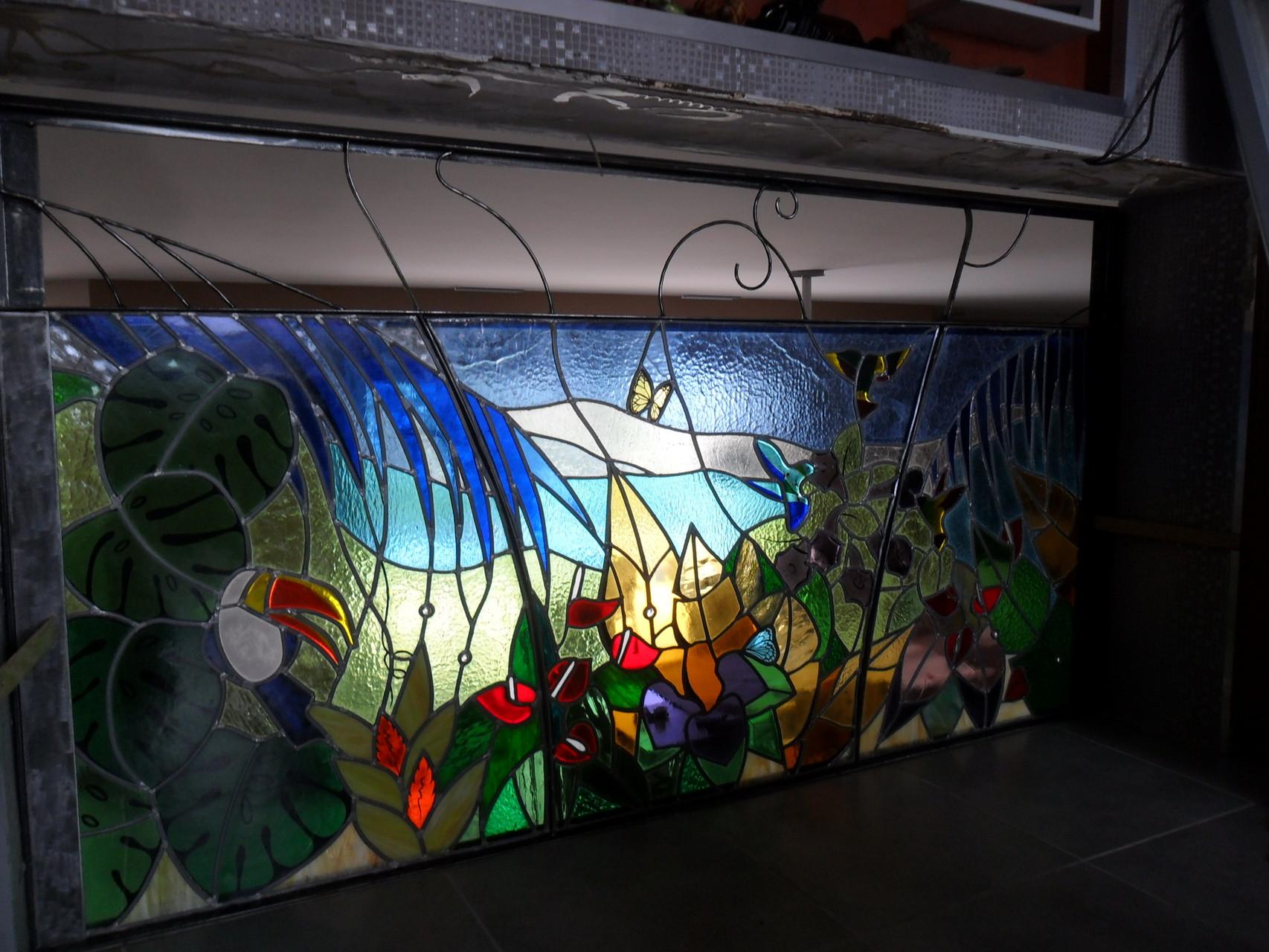 vitrail Jungle vue de dos-Art du vitrail- Puimisson 34