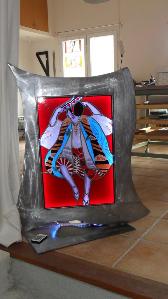 Cadre danseur - dimensions: 0.94 x 0.82