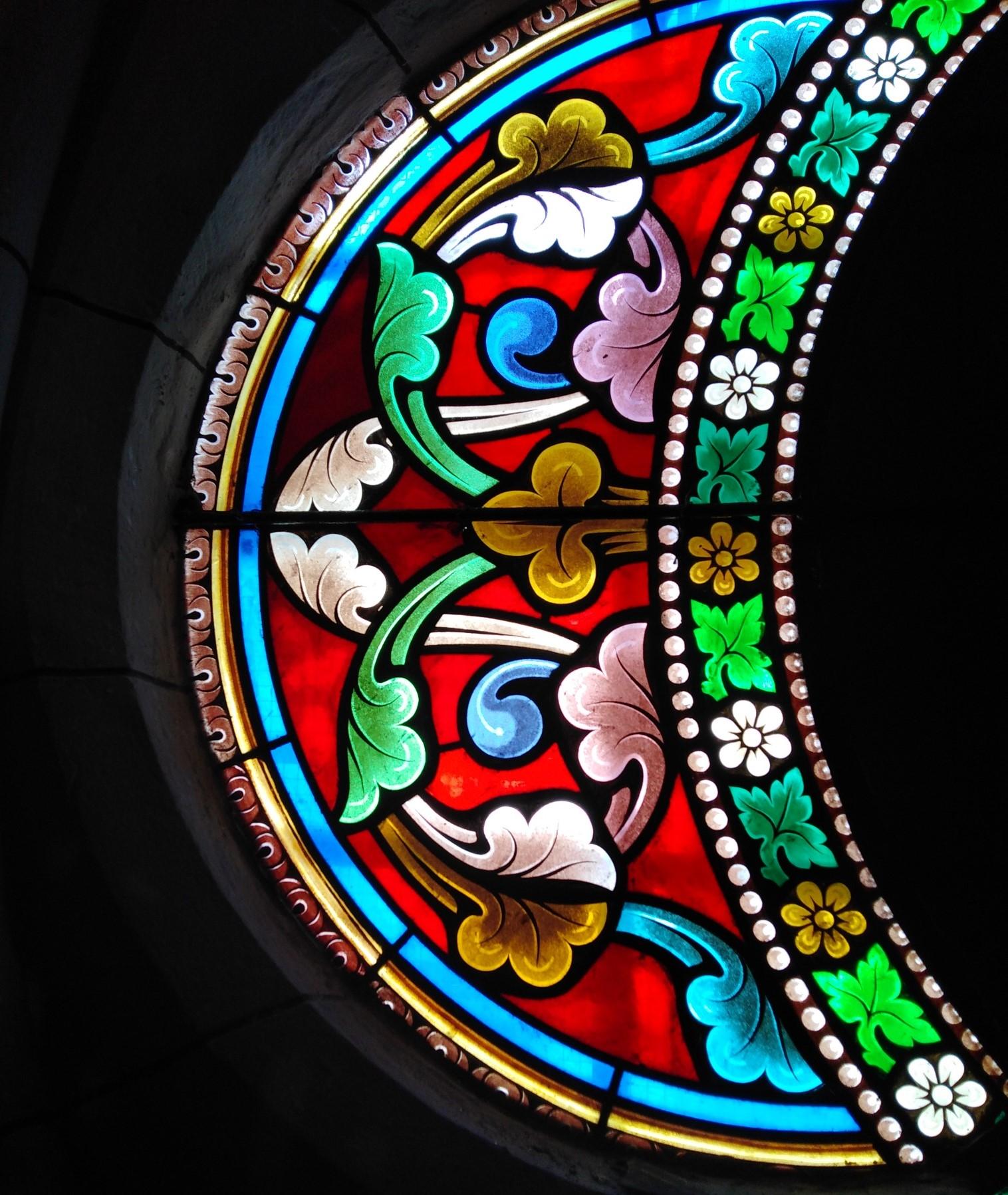 Vitrail de St Jean à Tourbes 34