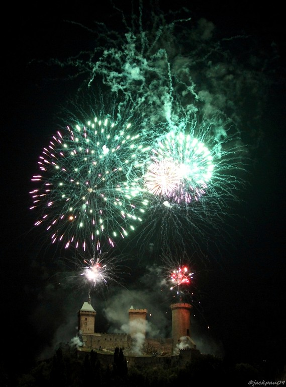Foix d'artifice...                                                                                        Jack